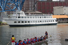photo of people recreating on the cuyahoga river